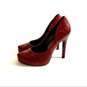 JESSICA SIMPSON Burgundy Faux Snakeskin High Heels